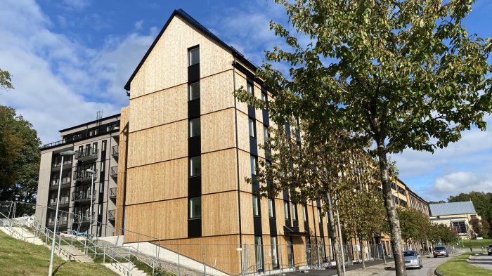 Gå husesyn i Titteridamms fina trähus